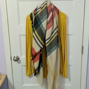 Mossimo Woman's XL knit top & blanket scarf combo